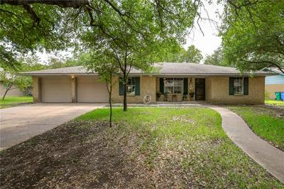 2305 GLADNELL ST, Taylor, TX 76574 - Photo 2
