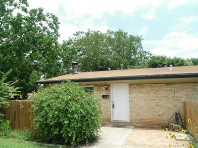 1501 BRAES RIDGE DR # A, Austin, TX 78723 - Photo 2