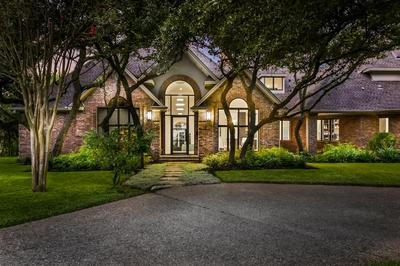 13 HEDGE LN, Austin, TX 78746 - Photo 1