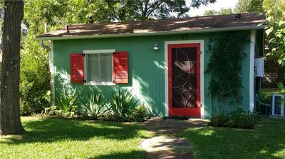 1807 W SAINT JOHNS AVE # B, Austin, TX 78757 - Photo 2