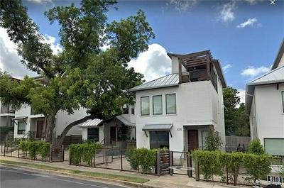 1015 E 12TH ST, Austin, TX 78702 - Photo 1