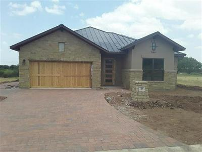 114 AZALEA LOOP, Horseshoe Bay, TX 78657 - Photo 1