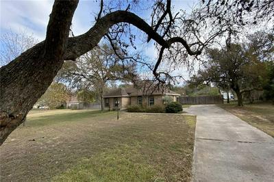 221 MAPLE DR, Mountain City, TX 78610 - Photo 2
