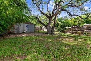 2206 S 3RD ST, Austin, TX 78704 - Photo 2