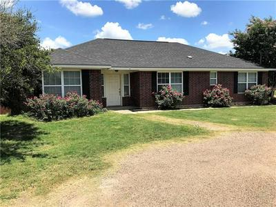 902 CALDWELL ST, Lexington, TX 78947 - Photo 1