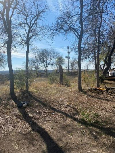 126 S MOCKINGBIRD CIR, Cedar Creek, TX 78612 - Photo 2