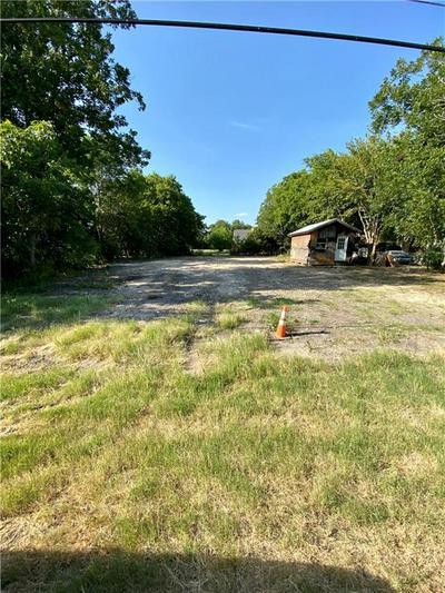 1312 W CLARK ST, Bartlett, TX 76511 - Photo 1
