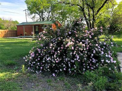 241 E JACKSON ST, BARTLETT, TX 76511 - Photo 1