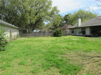 502 LEAH LN, Smithville, TX 78957 - Photo 2