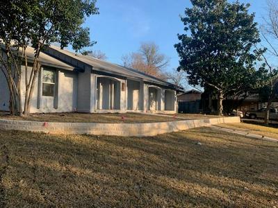 7204 HARTNELL DR, Austin, TX 78723 - Photo 1