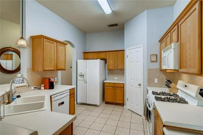 200 DESERT HIGHLANDS TRL, Round Rock, TX 78665 - Photo 2