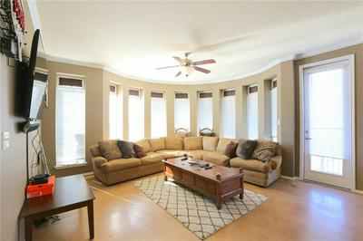 910 W 25TH ST APT 506, Austin, TX 78705 - Photo 1
