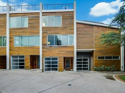 2301 S 5TH ST APT 20, Austin, TX 78704 - Photo 2