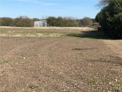 1903 OLD COUPLAND RD, Taylor, TX 76574 - Photo 2