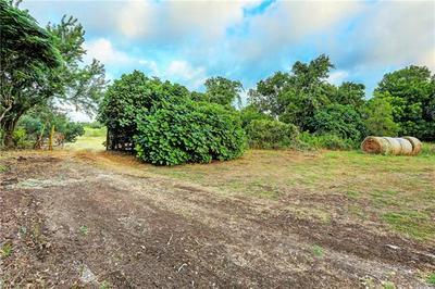 506 HORSETHIEF TRL, Manchaca, TX 78652 - Photo 2