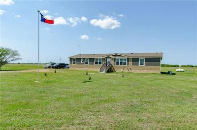 413 SHIN OAK RD, Victoria, TX 77904 - Photo 1