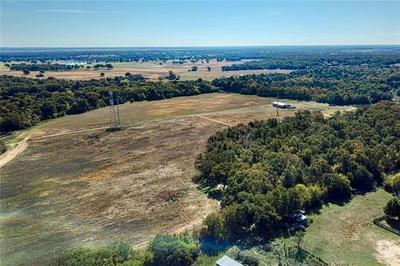 000 COUNTY ROAD 458, THORNDALE, TX 76577 - Photo 1