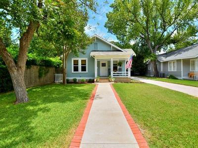 1126 LEXINGTON ST, Taylor, TX 76574 - Photo 2