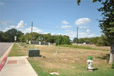 105 BIRCH OAK LN, Georgetown, TX 78628 - Photo 1