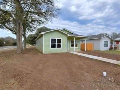 101 EAST ST, Smithville, TX 78957 - Photo 2