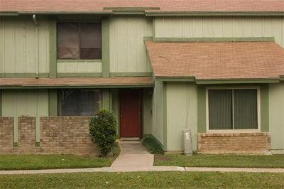 5031 FORT CLARK DR, Austin, TX 78745 - Photo 1