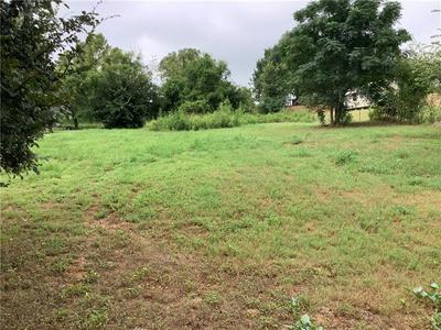 LOT 1-2 OLD UPTON RD, Smithville, TX 78957 - Photo 1