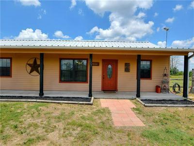 117 MARTIN LN, Paige, TX 78659 - Photo 2