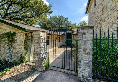 703 DONDALE CIR, Austin, TX 78746 - Photo 2