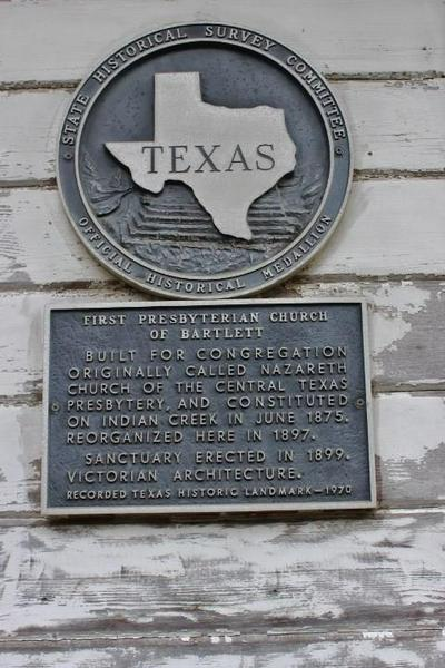 346 W PIETZSCH ST, Bartlett, TX 76511 - Photo 2