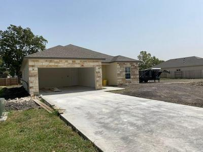 301 COTTON CIR, Thrall, TX 76578 - Photo 2