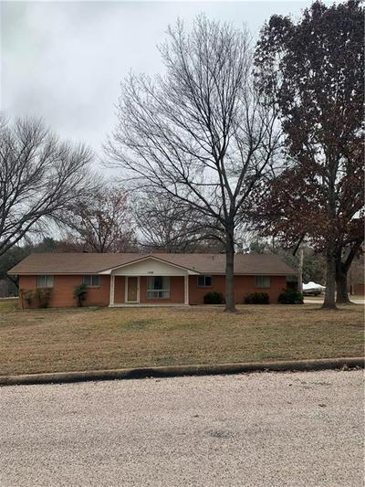 1309 POST OAK CIR, Marble Falls, TX 78654 - Photo 1