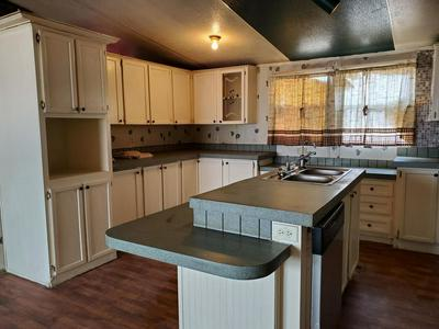 67 HERMOSA AVE, MORIARTY, NM 87035 - Photo 2
