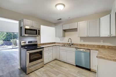717 STALLION RD SE, Rio Rancho, NM 87124 - Photo 2