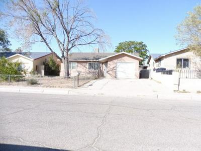 201 65TH ST SW, Albuquerque, NM 87121 - Photo 2