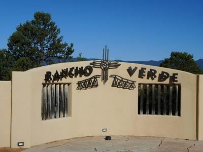 42 LOS PECOS LOOP, Tijeras, NM 87059 - Photo 2