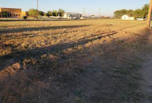 924 E LAUGHLIN AVE, Tucumcari, NM 88401 - Photo 1