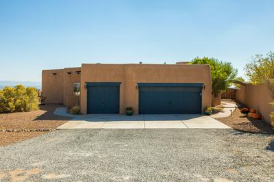 804 10TH AVE SE, Rio Rancho, NM 87124 - Photo 2
