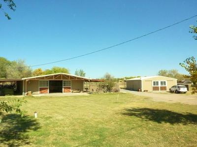 82 SUNFLOWER LN, Peralta, NM 87042 - Photo 1