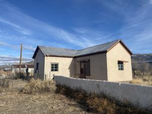 405 S SPRUCE ST, Magdalena, NM 87825 - Photo 1