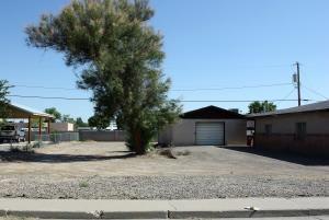 904 W DIDIER AVE, Belen, NM 87002 - Photo 2