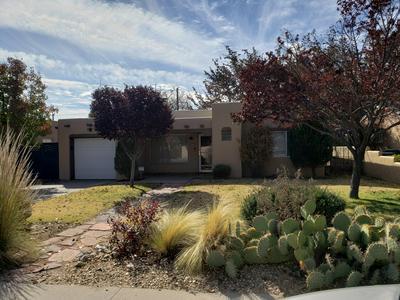 1712 SAN PATRICIO AVE SW, Albuquerque, NM 87104 - Photo 2