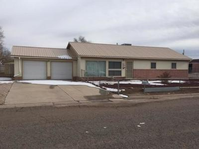 712 PEEK ST, GRANTS, NM 87020 - Photo 1