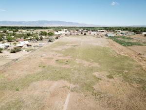 103 VENTURA RD, Belen, NM 87002 - Photo 1