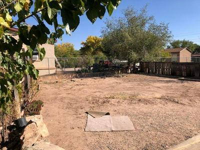 2724 DURANES RD NW, Albuquerque, NM 87104 - Photo 2