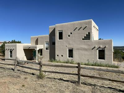 52 WESTERN SADDLE DR, Tijeras, NM 87059 - Photo 1