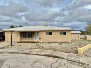 825 HOUSTON AVE, Grants, NM 87020 - Photo 1
