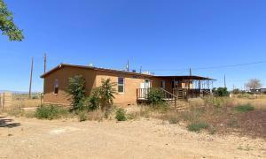 9 GREER RD, Belen, NM 87002 - Photo 2