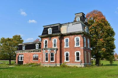 249 POINT RD, Willsboro, NY 12996 - Photo 1