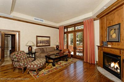 415 E DEAN ST UNIT 4, Aspen, CO 81611 - Photo 2