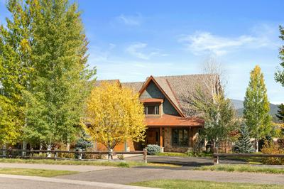 600 PERRY RIDGE RD, Carbondale, CO 81623 - Photo 1